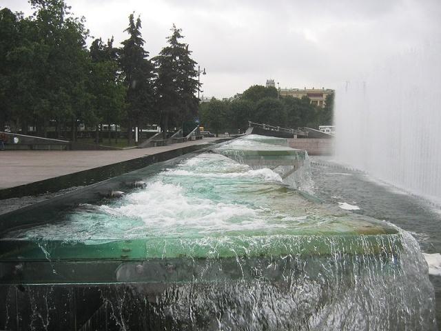 800px-Ystroistvo_fontanov2.jpg
