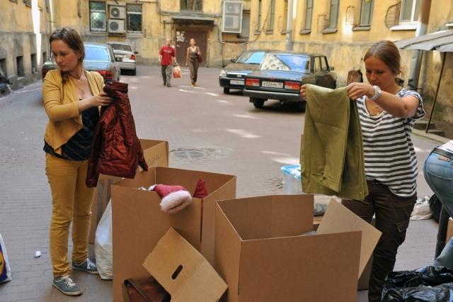 петербуржцы помогают пострадавшим от наводнения в Краснодарском крае  6 июля 2012: Фото