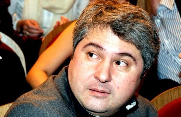 Депутат: Месхиев покинул Смольный из-за махинаций с госконтрактами
