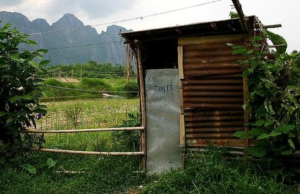 Почему туалетов в парках хватает только летом, да и те не найти