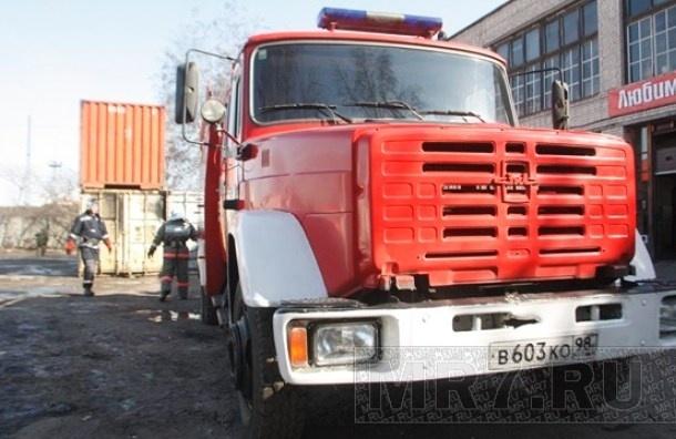 В квартире на улице Подвойского взорвался бытовой газ, пострадала женщина