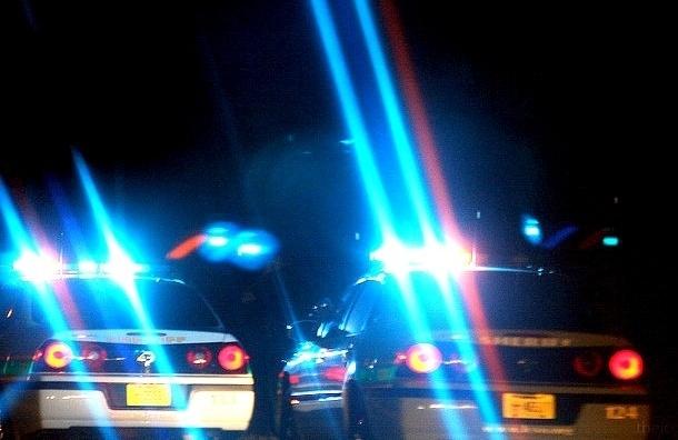 Пьяная петербурженка на иномарке сбила пешехода и пыталась переехать полицейского
