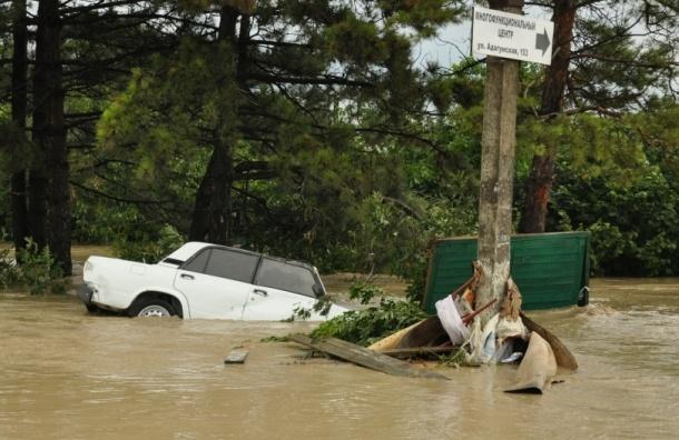 Жена мэра Крымска заявила, что ее муж лично спасал людей от наводнения