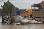 Наводнение в Геленджике 2012: в море купаться нельзя (фото и видео)