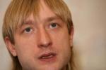 Евгений Плющенко помогает продвигать сеть игорных заведений?