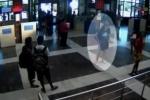 Появилось видео, на котором запечатлен исполнитель теракта в Бургасе