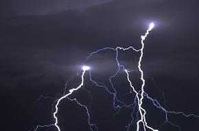 МЧС прогнозирует ливни и грозы и предупреждает о возможных авариях