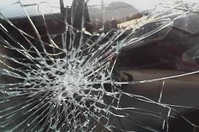 В центре Петербурга столкнулись две иномарки и «Лада», погибла пассажирка