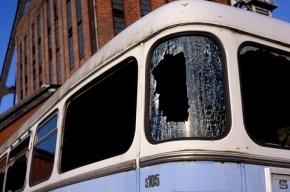 В Петербурге все чаще расстреливают автобусы