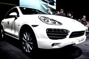Водителю Porsche Cayenne, который по пьянке проехался по полицейскому, дали 1,5 года