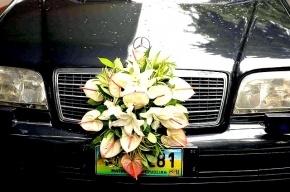 Свадебный кортеж попал в аварию на Украине, пострадали 11 россиян