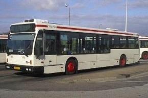 В Москве автобус с 20 пассажирами врезался в фонарь, есть пострадавшие