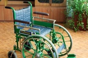 Инвалид отсудил 100 тысяч у кафе, отказавшегося пускать его в коляске