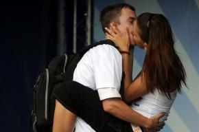 День поцелуев 6 июля: поздравления