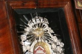 В Ленобласть привезут мощи чудотворца Николая Мирликийского
