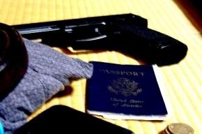 Мужчина отнял у полицейского собственный паспорт, угрожая пистолетом