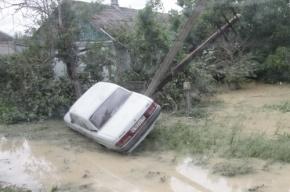 Петербургские спасатели летят в Крымск помогать пострадавшим от наводнения
