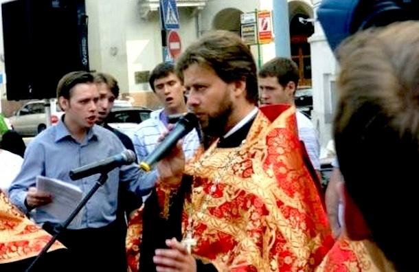Игумен Тимофей, устроивший ДТП, переходит в наступление: его шантажировали