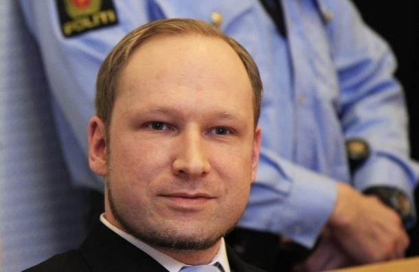 Андерсу Брейвику решили смягчить условия содержания в тюрьме