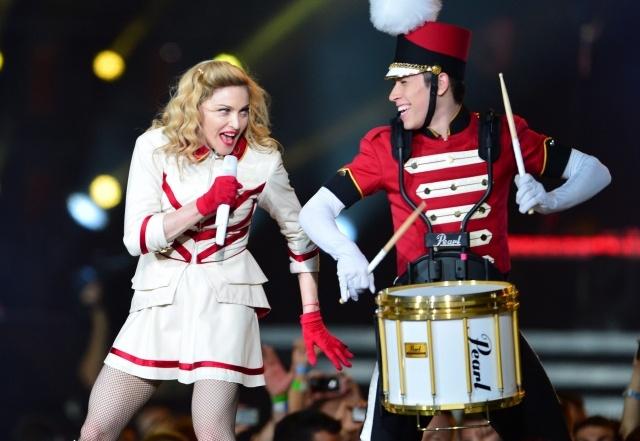 Шоу Мадонны MDNA: Фото