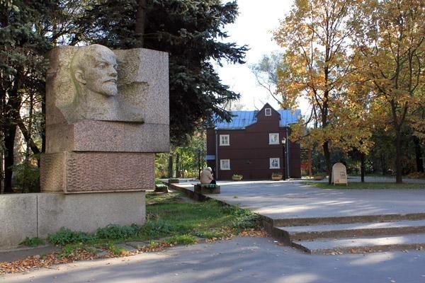 Памятник Ленину Невская застава: Фото
