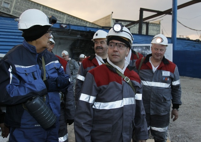 Дмитрий Медведев, шахта Листвяжная - 2: Фото
