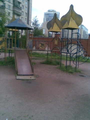 Детские площадки Петербурга: Фото