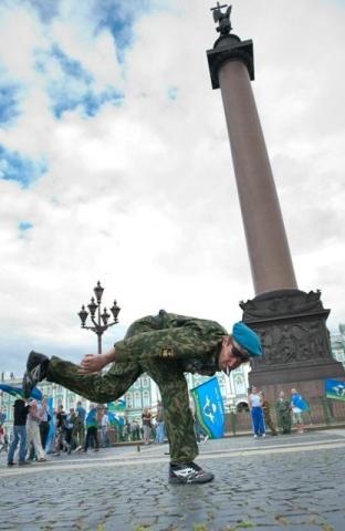 День ВДВ 2012 в Петербурге: Фото