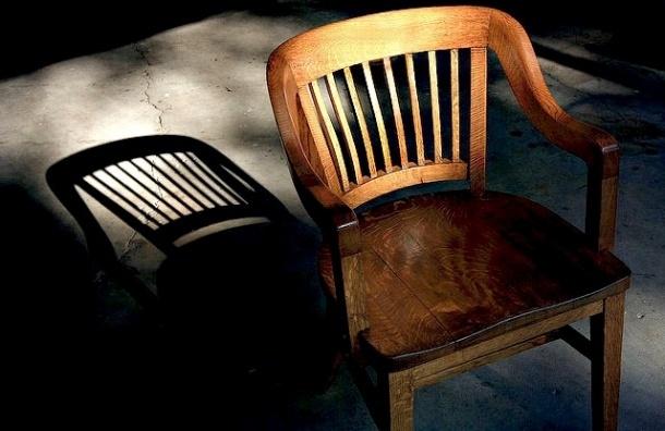 Депутат просит проверить закупку мебели для Городского суда на 50 млн