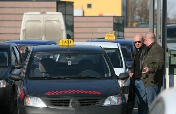В Петербурге определят самого маневренного таксиста
