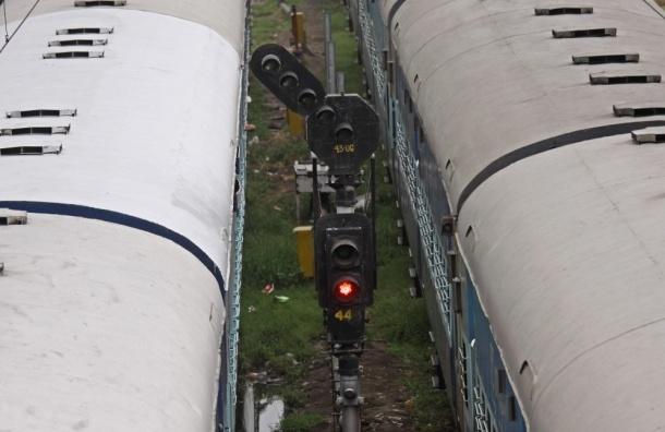 В Дагестане 200 человек перекрыли железную дорогу из-за похищенного мужчины