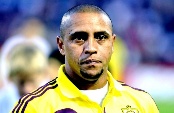 Роберто Карлос завершил карьеру футболиста