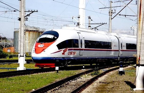 В конце августа между Москвой и Петербургом пустят дополнительный «Сапсан»