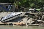 В Новомихайловском после наводнения действуют мародеры из Азии