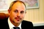 Чиновник, находящийся под следствием за избиение жителей, переизбран главой всеволожской «Единой России»