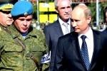 Путин поздравил десантников в День ВДВ 2012: Никто кроме вас