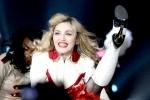 Мадонну собираются засудить за гей-пропаганду в Петербурге