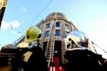 В центре Петербурга горел Университет технологии и дизайна, фоторепортаж