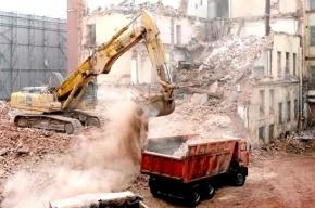Строители превращают Петербург в мусорную свалку