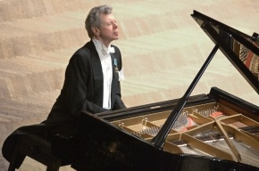 Пианист Ван Клиберн умирает от рака кости