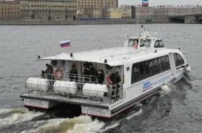 Шторм отменил аквабусы до Кронштадта