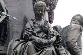 В Петербурге вандалы покусились на Екатерину II и княгиню Дашкову
