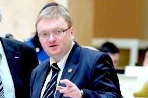 Депутат Милонов опроверг слухи о желании призывать в армию женщин