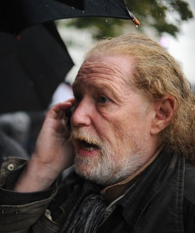 Митинг актеров театра им. Гоголя: Фото