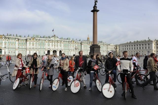 Твидовый веловояж в Петербурге - фото: Фото