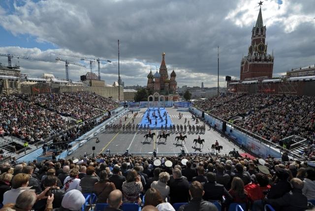 площадь москвы фото