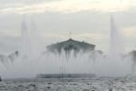 В Петербурге может вновь появиться плавучий фонтан на Неве
