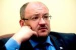 Максим Резник подал в суд на коллег-яблочников