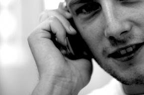 За разговоры по телефону за рулем будут штрафовать в 10 раз жестче