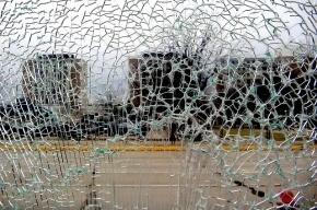 В Купчино рейсовый автобус врезался в столб, женщина погибла